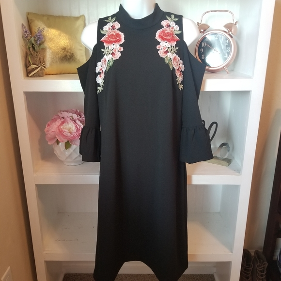 Jax Dresses & Skirts - Jax Embroidered Cold Shoulder Dress